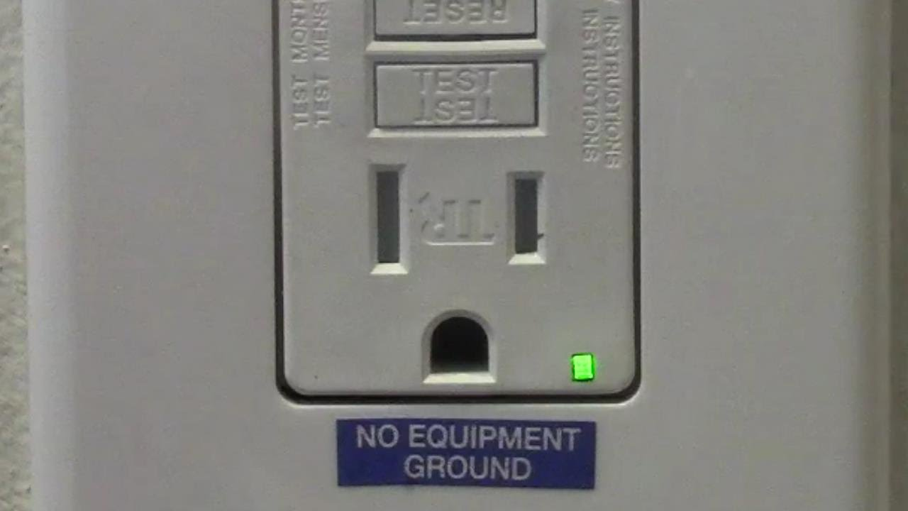 What Is A Gfci Receptacle The Electricians Hangout An Overview Of Groundfault Circuit Interrupter Eep